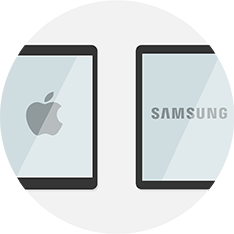 Zwei Tablets von Samsung und Apple