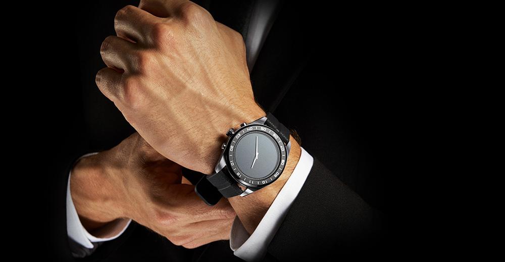 LG Electronics Watch W7 – Smartwatch im klassischen Design